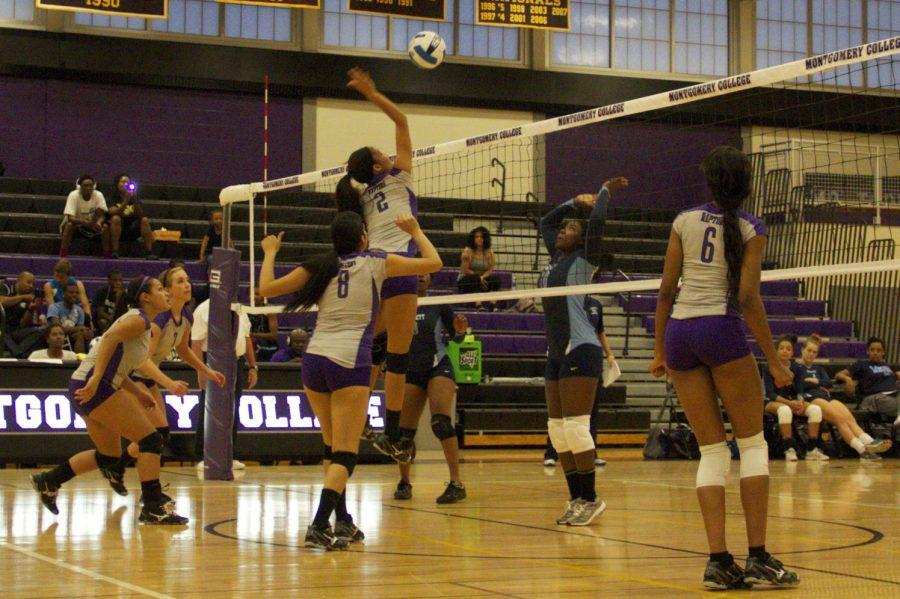 Sophomore+Yesenia+Mora%2C+2%2C+attacks+the+ball.+%28Photo+Credit%3A+Adriano+cassoma%29