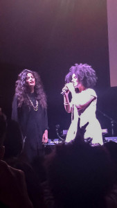 Naomi Diaz and Lisa Kainde, the members of Ibeyi, on stage