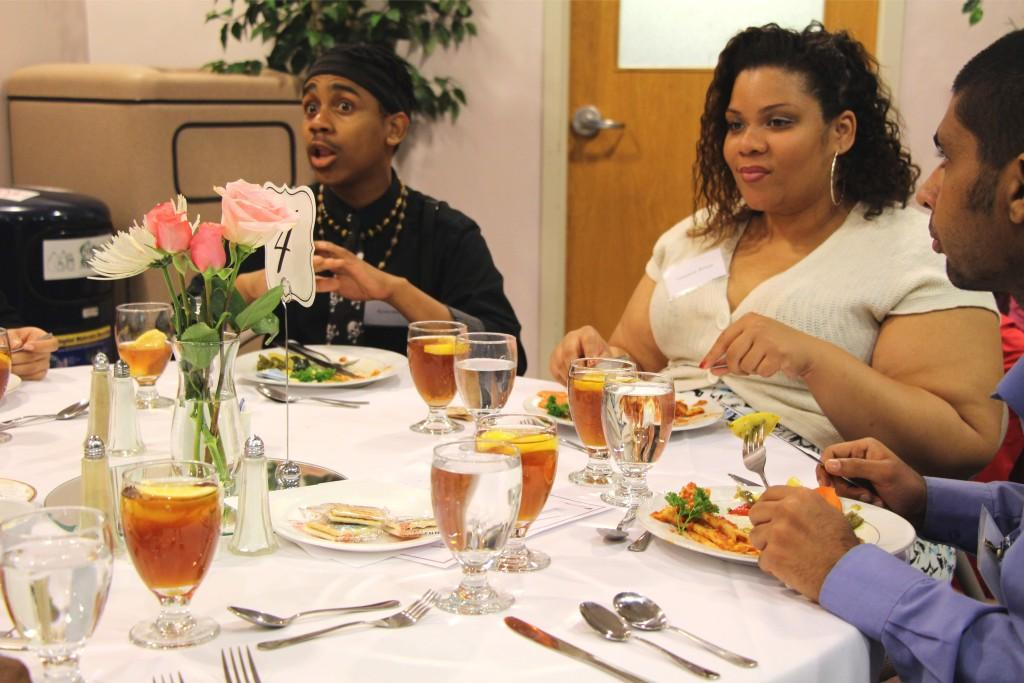 Students having lively conversations at the etiquette dinner. (photo: Sara Monterroso)